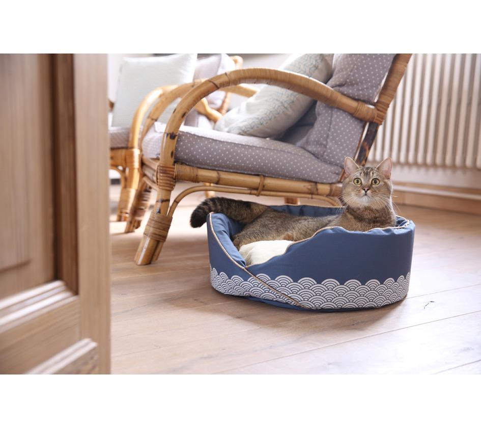 nid seigaiha chat bobby accessoires pour chien et chat colliers manteaux pulls. Black Bedroom Furniture Sets. Home Design Ideas